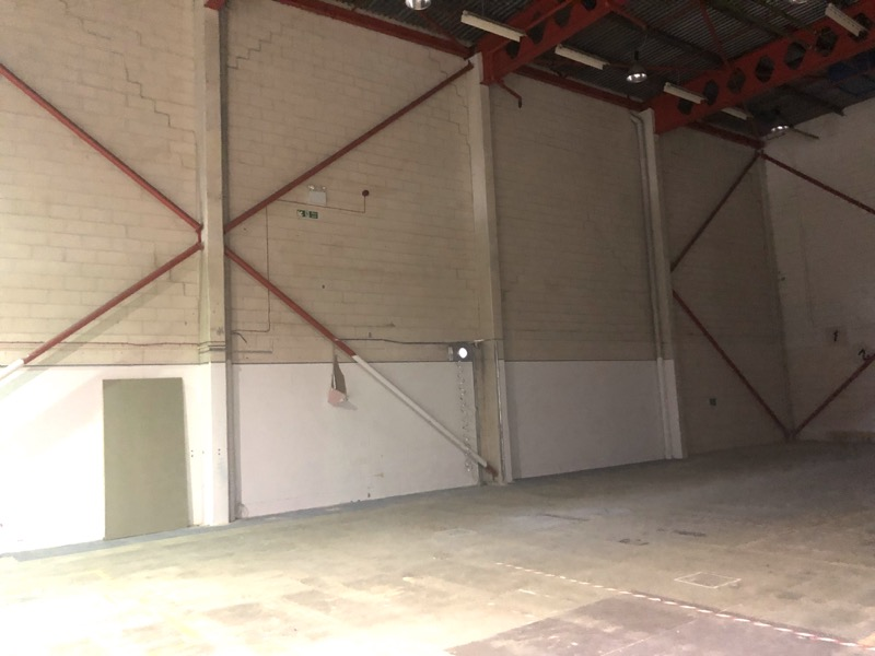 South Herts Warehouse - Inside M25